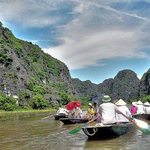 TOUR NINH BÌNH,HOA LƯ-TAM CỐC 1 NGÀY CỦA SINH CAFE TOURIST